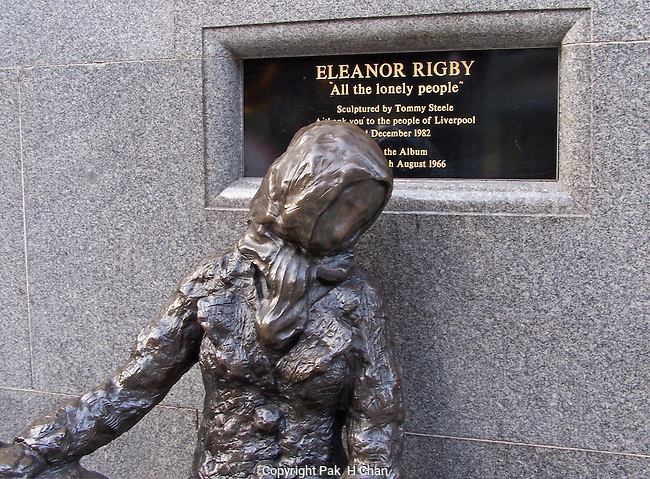 Eleanor Rigby Statue,Liverpool
