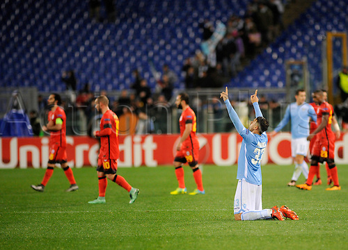 25.02.2016. Stadio Olimpico, Rome, Italy. Uefa Europa League, Return leg of SS Lazio versus Galatasaray. Goal celebrations of Lazio