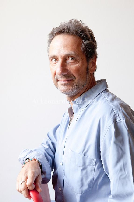 Mario Tozzi (Roma, 13 dicembre 1959) è un geologo, divulgatore scientifico, giornalista e saggista italiano, noto anche come autore e personaggio televisivo. Mantova, settembre 2013. © Leonardo Cendamo