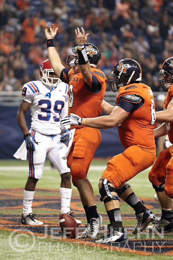 SAN ANTONIO, TX - NOVEMBER 30, 2013: The Louisiana Tech University Bulldogs versus the University of Texas at San Antonio Roadrunners Football at the Alamodome. (Photo by Jeff Huehn)