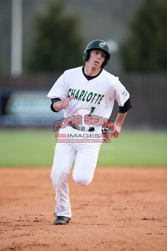 TJ Nichting (1) of the Charlotte 49ers hustles towards third base against the Florida Atlantic Owls at Hayes Stadium on March 14, 2015 in Charlotte, North Carolina.  The Owls defeated the 49ers 8-3 in game one of a double header.  (Brian Westerholt/Four Seam Images)