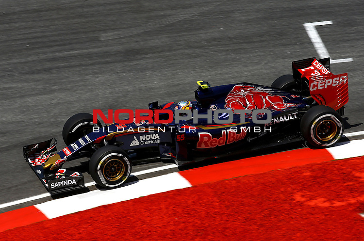 28.03.2011, Sepang-International-Circuit, Malaysia, MAL , Gro&szlig;er Preis von Malaysia / Kuala Lumpur, Training im Bild Carlos Sainz Junior (SPA), Scuderia Toro Rosso<br /> for the complete Middle East, Austria &amp; Germany Media usage only!<br />  Foto &copy; nph / Mathis