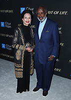 SANTA MONICA, CA - OCT 7:  Jacqueline Avant and Clarence Avant at the City Of Hope Spirit Of Life Gala 2019 at the Barker Hangar on October 7. 2019 in Santa Monica, California. (Photo by Xavier Collin/PictureGroup)