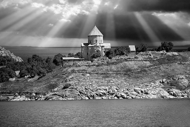 10th century Armenian Orthodox Cathedral of the Holy Cross on Akdamar Island, Lake Van Turkey 92