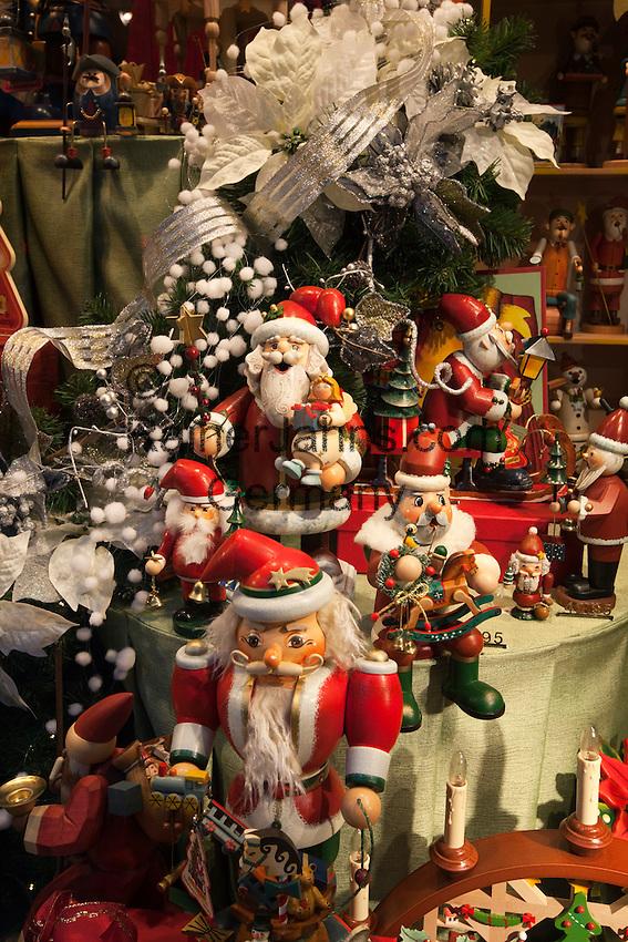 Belgium, West-Flanders, Bruges: Christmas decorations in shop window