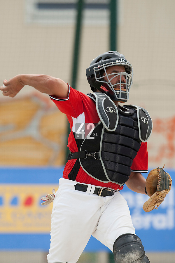 21 May 2009: Jamel Boutagra of Toulouse is seen catching during the 2009 challenge de France, a tournament with the best French baseball teams - all eight elite league clubs - to determine a spot in the European Cup next year, at Montpellier, France.