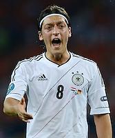 FUSSBALL  EUROPAMEISTERSCHAFT 2012   VORRUNDE Niederlande - Deutschland       13.06.2012 Mesut Oezil (Deutschland)  emotional