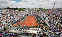 Paris, France, 25 June, 2016, Tennis, Roland Garros,  Overall view od court Suzanne Lenglen<br /> Photo: Henk Koster/tennisimages.com