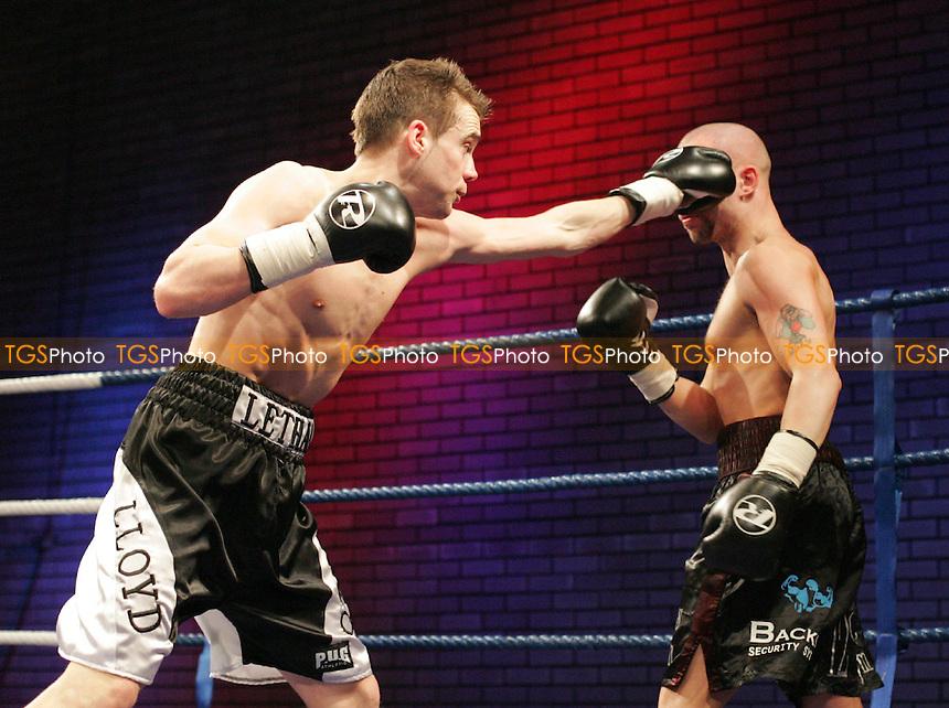 Boxing Brentwood Centre - 28/05/07 - MANDATORY CREDIT: Gavin Ellis/TGSPHOTO - SELF-BILLING APPLIES WHERE APPROPRIATE. NO UNPAID USE -  Tel: 0845 0946026