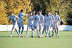 2015-11-01 / Voetbal / seizoen 2015-2016 / Groen-Rood Katelijne - Houtvenne / Groen Rood Katelijne met handshakes voor de wedstrijd tegen Houtvenne<br /><br />Foto: Mpics.be
