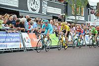 WIELRENNEN: SURHUISTERVEEN: 26-07-2016, Profronde 2016, Lieuwe Westra voor winnaar Chris Froome, ©foto Martin de Jong