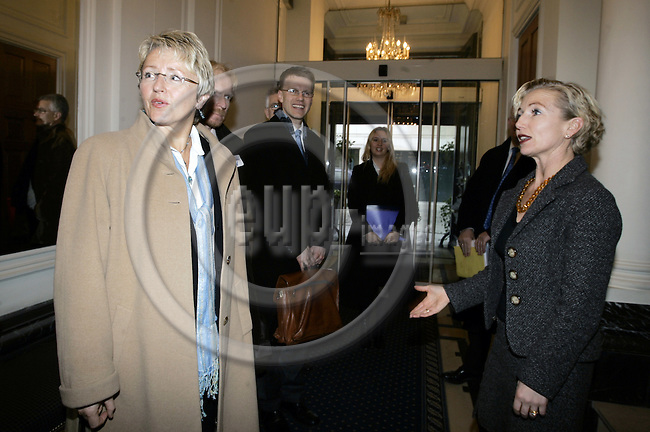 BRUSSELS - BELGIUM - 07 FEBRUARY 2006 -- Liv Signe NAVARSETE (L), the Norwegian Minister of Transport and Communications at the Stanhope Hotel during her Brussels visit. Harriet E. BERG (R), Managing Director and Country Manager for Belgium of the Telenor Brussels office welcoming the Minister.-- PHOTO: JUHA ROININEN / EUP-IMAGES