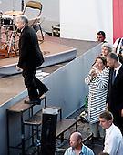 WARSAW, POLAND, JULY 2, 2010:.Jaroslaw Kaczynski comes to greet supporters, on his presidential campaign rally in central Warsaw..(Photo by Piotr Malecki / Napo Images)..WARSZAWA, 2/07/2010:.Kampania wyborcza Jaroslawa Kaczynskiego. Spotkanie z wyborcami w centrum Warszawy kolo placu Pilsudskiego. .Fot: Piotr Malecki / Napo Images.