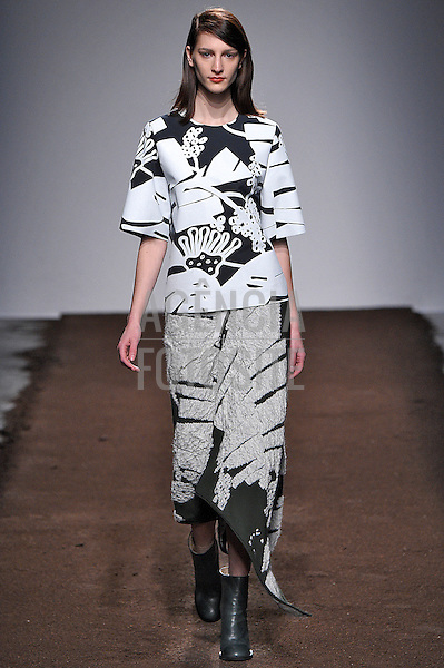Christian Wijnants<br /> <br /> Paris - Inverno 2015