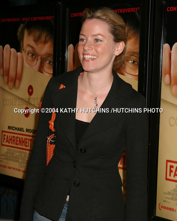"©2004 KATHY HUTCHINS /HUTCHINS PHOTO.SCREENING OF ""FARENHEIT 9/11"".THE MUSIC BOX THEATER 10 P.M. .BEVERLY HILLS, CA.JUNE 8, 2004..ELIZABETH BANKS"