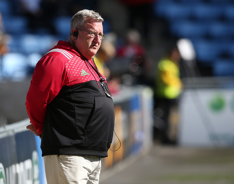 Harlequins' Director of Rugby John Kingston during the pre match warm up <br /> <br /> Photographer Stephen White/CameraSport<br /> <br /> Aviva Premiership Round 3 - Wasps v Harlequins - Sunday 17th September 2017 - The Ricoh Arena - Coventry<br /> <br /> World Copyright &copy; 2017 CameraSport. All rights reserved. 43 Linden Ave. Countesthorpe. Leicester. England. LE8 5PG - Tel: +44 (0) 116 277 4147 - admin@camerasport.com - www.camerasport.com