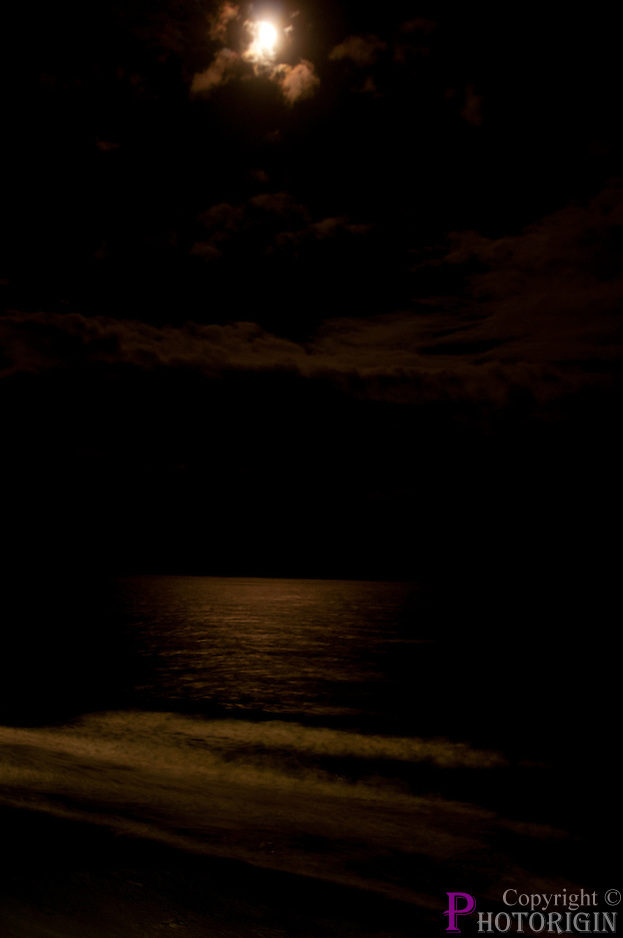 On a midnight while the world is sleeping, moon glitters the sea with its light, A perfect romantic night.