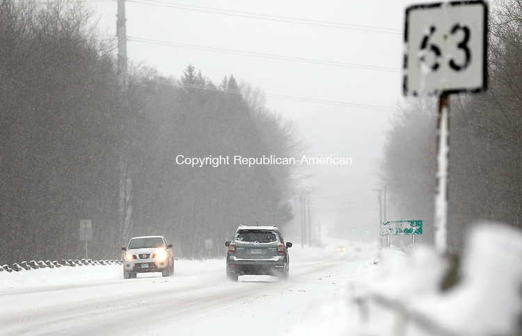 Middlebury, CT- 02 February 2015-020215CM02-  Visibility was limited during a snow storm on Route 63 in Middlebury on Monday. Christopher Massa Republican-American