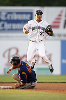 June 24, 2009:  Second Baseman Rafael Vera of the Mahoning Valley Scrappers during a game at Eastwood Field in Niles, OH.  The Scrappers are the NY-Penn League Short-Season Single-A affiliate of the Cleveland Indians.  Photo by:  Mike Janes/Four Seam Images