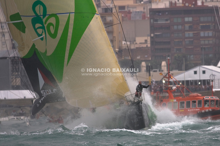 GREEN DRAGON RACING TEAM .VOLVO OCEAN RACE 2008-2009 start in Alicante, Spain, 11/10/2008