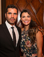 Eduardo Verastegui and Ali Landry attend Healthy Child Healthy World's L.A. Gala on Oct. 27, 2016 (Photo by Inae Bloom/Guest of a Guest)