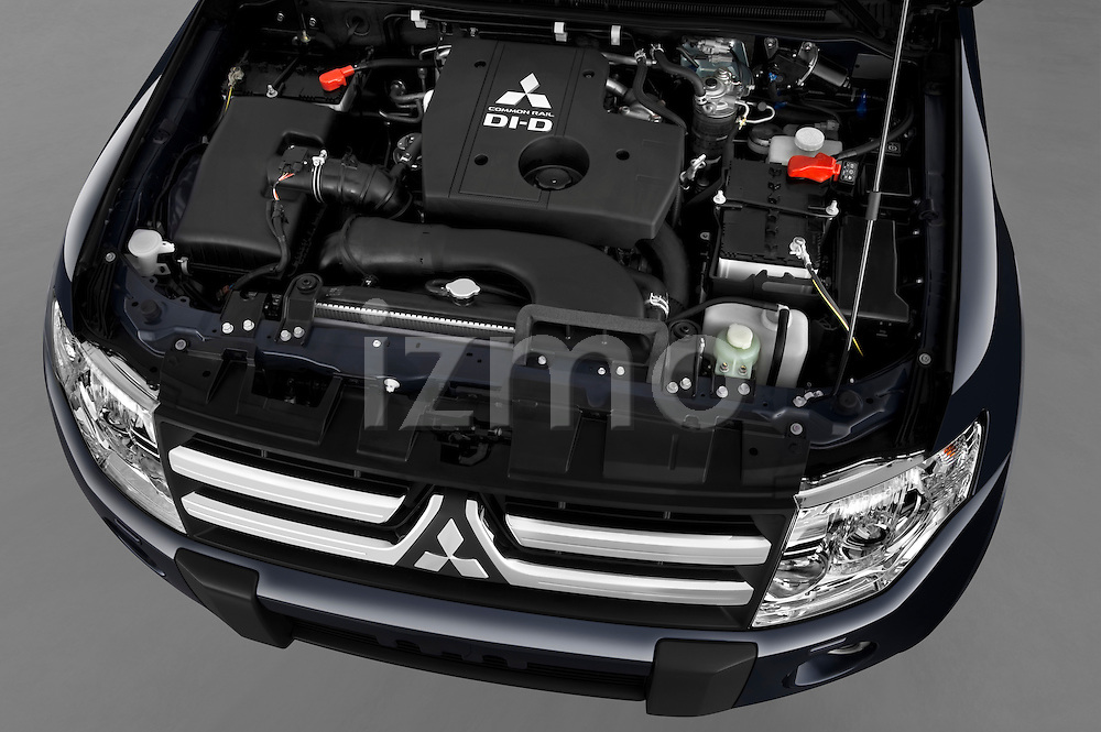 High angle engine detail of a 2009 Mitsubishi Pajero InStyle 5 Door SUV .
