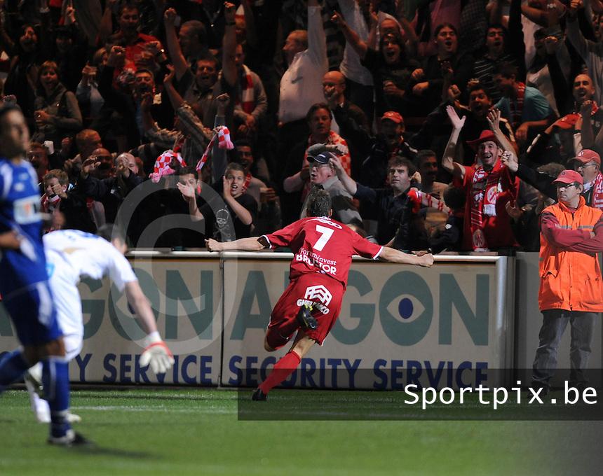 KV Kortrijk - AA Gent.Leon Benko scoort de 1-0.foto VDB / BART VANDENBROUCKE