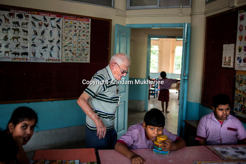 Father Laborde visits the class of mentally challanged at Asha Neer on Andul Road in Howrah. West Bengal, India, Arindam Mukherjee/Agency Genesis