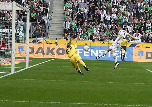 03.04.2016. Monchengladbach, Germany.  Bundesliga Football. Borussia Monchengladbach versus Hertha Berlin.  Patrick Herrmann BMG Scores for 3-0
