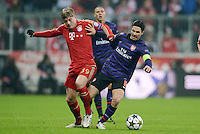 FUSSBALL  CHAMPIONS LEAGUE  ACHTELFINALE  HINSPIEL  2012/2013      FC Bayern Muenchen - FC Arsenal London     13.03.2013 Toni Kroos (li, FC Bayern Muenchen) gegen Mikel Arteta (re, Arsenal)