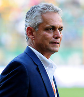 CALI - COLOMBIA -31-07-2016: Reinaldo Rueda, técnico de Atletico Nacional, durante partido entre Deportivo Cali y Atletico Nacional, por la fecha 6 de la Liga Aguila II-2016, jugado en el estadio Deportivo Cali (Palmaseca) de la ciudad de Cali. / XXXXXXXXXX, coach of Atletico Nacional, during a match between Deportivo Cali and Atletico Nacional, for the date 6 for the Liga Aguila II-2016 at the Deportivo Cali (Palmaseca) stadium in Cali city. Photo: VizzorImage  / Nelson Rios / Cont