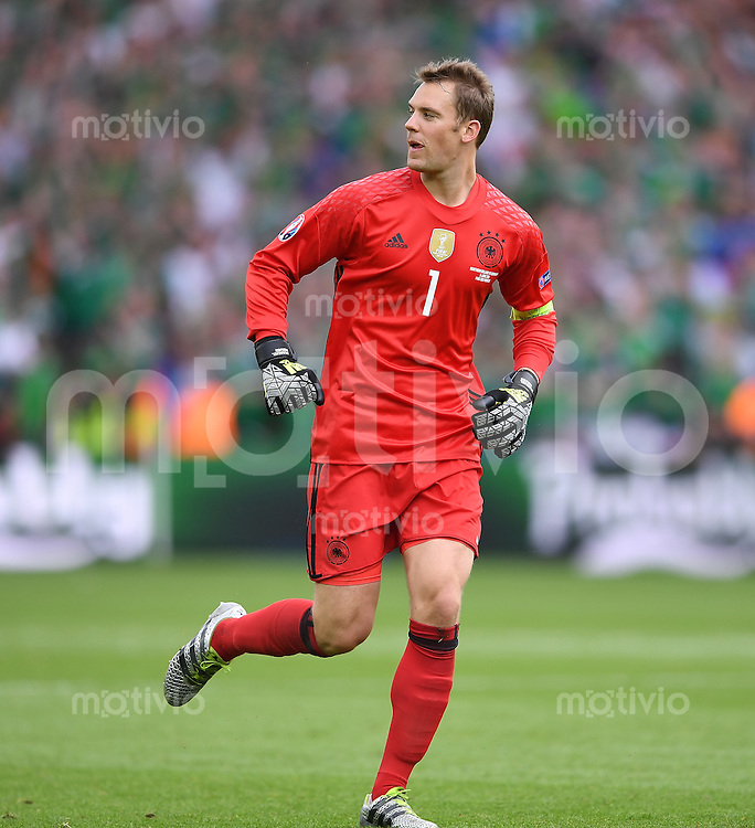 FUSSBALL EURO 2016 GRUPPE C in Paris Nordirland - Deutschland     21.06.2016 Torwart Manuel Neuer (Deutschland)