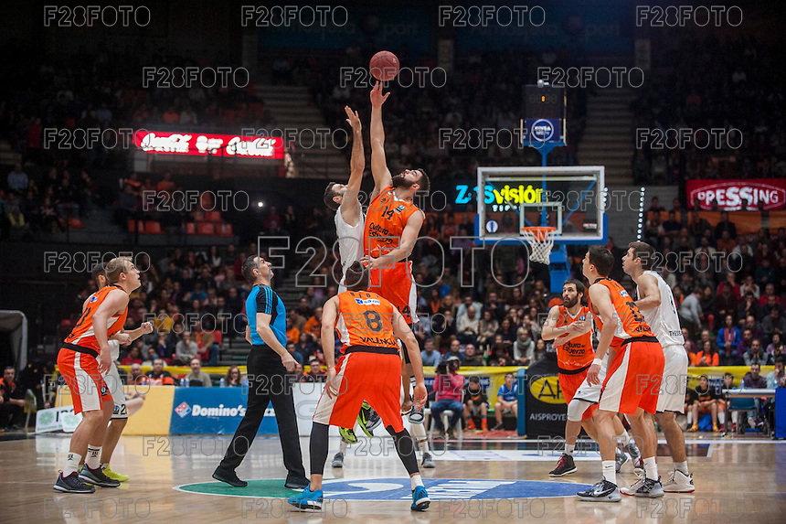 VALENCIA, SPAIN - JANUARY 6: Match start during EUROCUP match between Valencia Basket and PAOK Thessaloniki at Fonteta Stadium on January 6, 2015 in Valencia, Spain