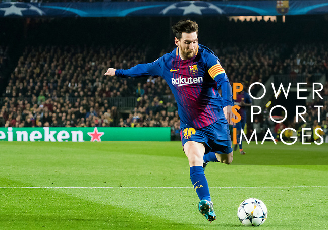 Lionel Andres Messi of FC Barcelona shoots and scores during the UEFA Champions League 2017-18 Round of 16 (2nd leg) match between FC Barcelona and Chelsea FC at Camp Nou on 14 March 2018 in Barcelona, Spain. Photo by Vicens Gimenez / Power Sport Images