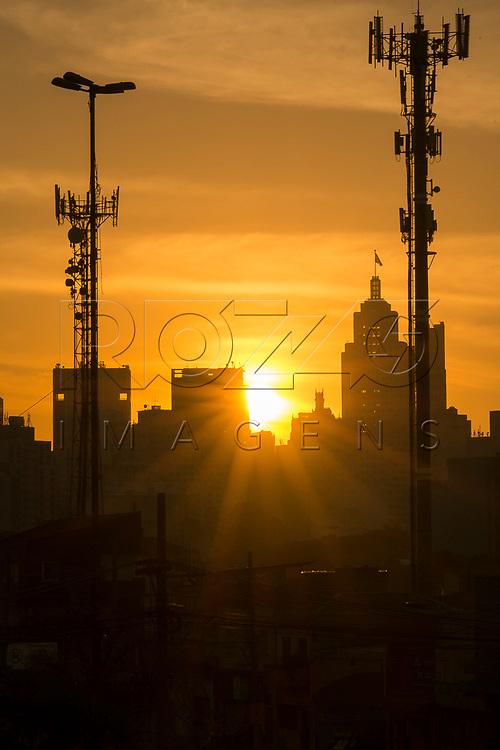 Edifício Altino Arantes visto da Radial Leste, São Paulo - SP, 06/2016.