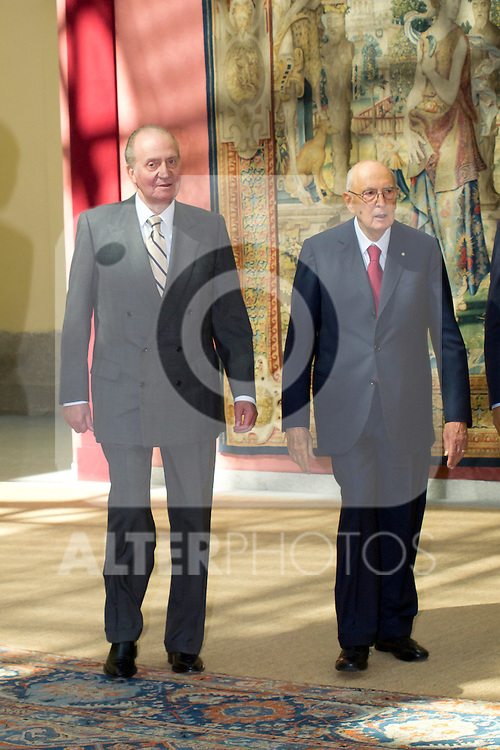 03.10.2012. VIII COTEC Europe Meeting, co-chaired by King Juan Carlos of Spain, the President of the Italian Republic, Giorgio Napolitano, and the President of the Portuguese Republic, Aníbal Cavaco Silva, at the Royal Palace of El Pardo, Madrid, Spain. In the image King Juan Carlos and Giorgio Napolitano  (Alterphotos/Marta Gonzalez)