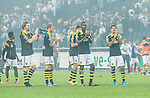 Solna 2014-08-13 Fotboll Allsvenskan AIK - Djurg&aring;rdens IF :  <br /> AIK:s spelare ser nedst&auml;md ut n&auml;r de tackar publiken efter matchen<br /> (Foto: Kenta J&ouml;nsson) Nyckelord:  AIK Gnaget Friends Arena Allsvenskan Derby Djurg&aring;rden DIF depp besviken besvikelse sorg ledsen deppig nedst&auml;md uppgiven sad disappointment disappointed dejected