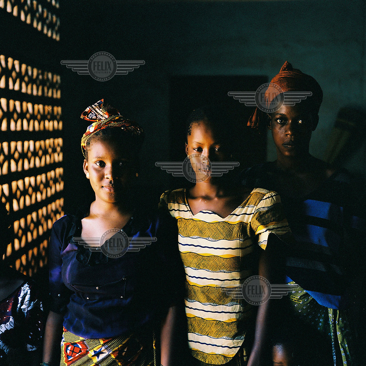 Two girls and a boy in Bamako.