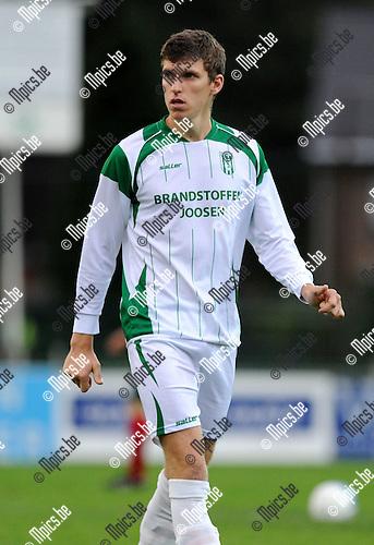 2011-09-17 / Voetbal / seizoen 2011-2012 / Kaart / Ben Van Hooydonck..Foto: Mpics
