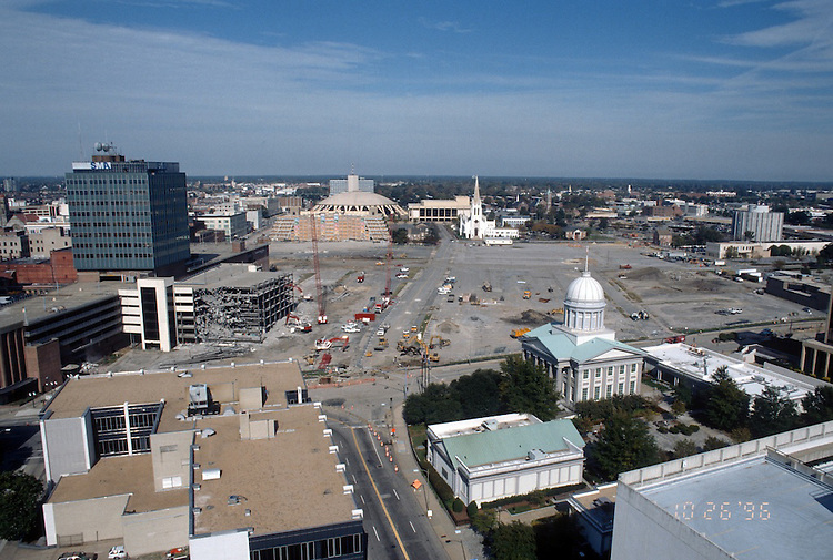 1996 October 25..Redevelopment..Macarthur Center.Downtown North (R-8)..LOOKING NORTH.FROM MAIN STREET TOWER...NEG#.NRHA#..
