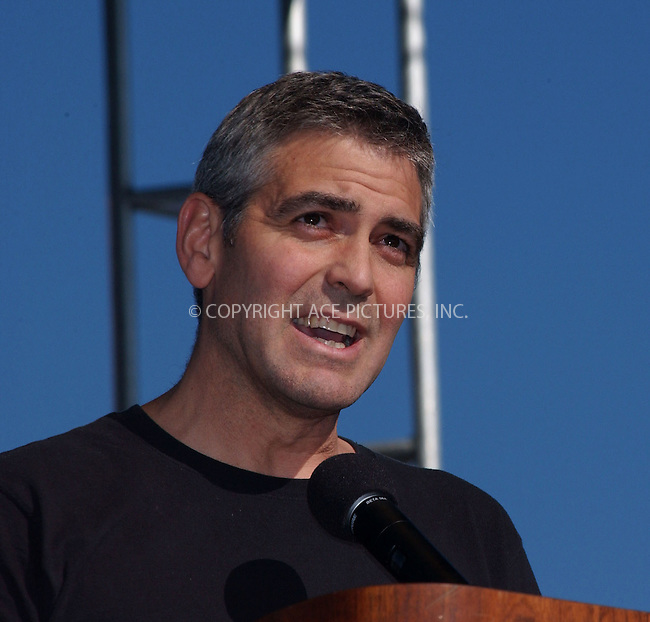 "WWW.ACEPIXS.COM . . . . . ....NEW YORK, APRIL 30, 2006....George Clooney at the celebrities support ""Save Darfur: Rally To Stop Genocide"".....Please byline: KRISTIN CALLAHAN - ACEPIXS.COM.. . . . . . ..Ace Pictures, Inc:  ..(212) 243-8787 or (646) 679 0430..e-mail: picturedesk@acepixs.com..web: http://www.acepixs.com"