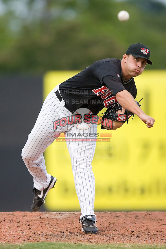 Relief pitcher Steve Spurgeon (45) of the Winston-Salem Warthogs in action at Ernie Shore Field in Winston-Salem, NC, Saturday August 9, 2008. (Photo by Brian Westerholt / Four Seam Images)