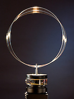STANDING WAVE ON CIRCULAR HOOP<br /> (2 of 12 - Variations Available)<br /> Analog - de Broglie Wavelengths &amp; Bohr Orbits<br /> A circular hoop of wire is vibrated at a variable frequency. At a frequency of 25 Hz the standing wave is visible on the wire- analagous  to the de Broglie formula for the electron orbital and showing the wave-particle duality of matter.
