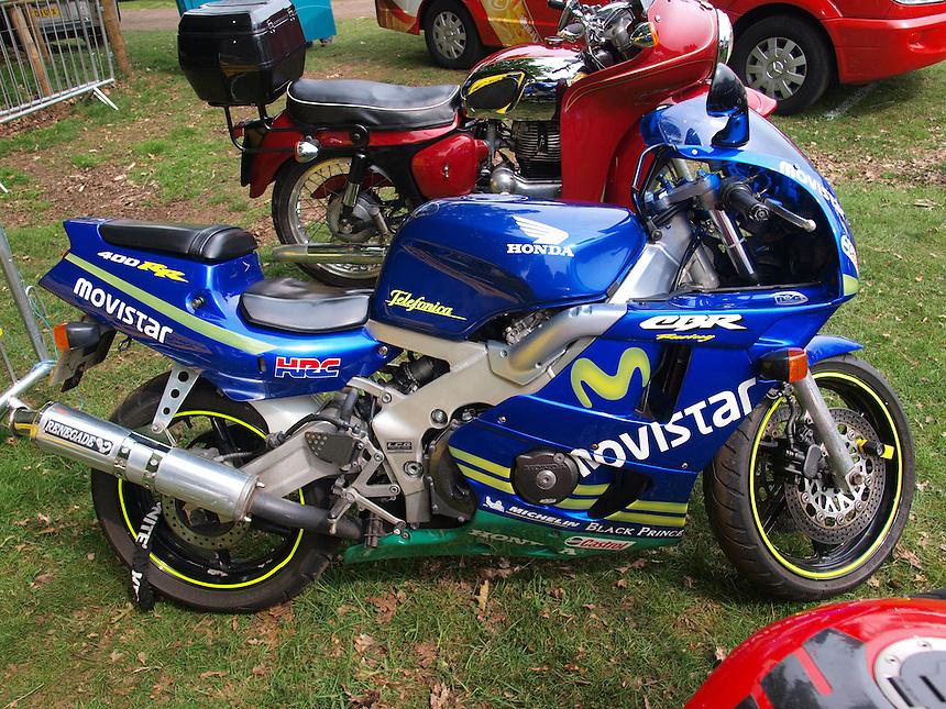 Honda CBR 400RR Motorbikes