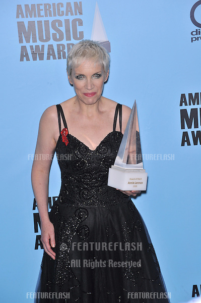Annie Lennox at the 2008 American Music Awards at the Nokia Live! Theatre in Los Angeles..November 23, 2008  Los Angeles, CA.Picture: Paul Smith / Featureflash