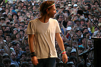 1006 Thom Yorke & Jonny Greenwood - Glastonbury 2010