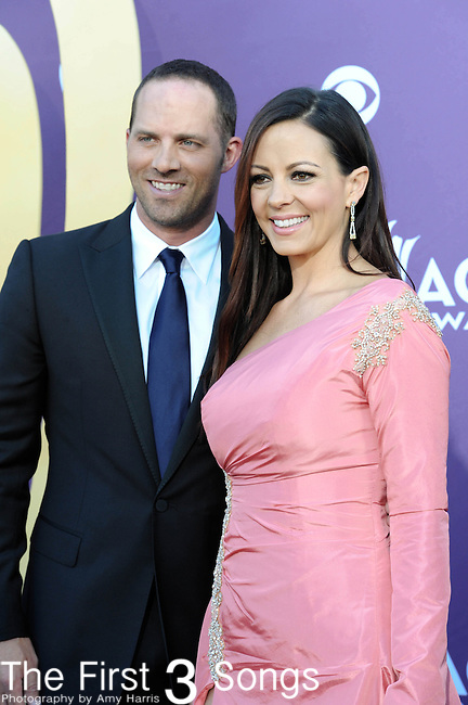 Sara Evans and husband Jay Evans attends the 47th Annual Academy of Country Music Awards in Las Vegas, Nevada on April 1, 2012.