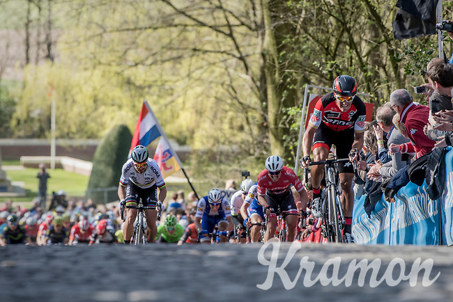 Greg Van Avermaet (BEL/BMC) accelerates up the Kemmelberg cobbles &amp;  Peter Sagan (SVK/Bora-Hansgrohe) tries to jump to his wheel<br /> <br /> 79th Gent-Wevelgem 2017 (1.UWT)<br /> 1day race: Deinze &rsaquo; Wevelgem - BEL (249km)