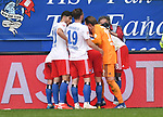 19.05.2019,  GER; 2. FBL, Hamburger SV vs MSV Duisburg ,DFL REGULATIONS PROHIBIT ANY USE OF PHOTOGRAPHS AS IMAGE SEQUENCES AND/OR QUASI-VIDEO, im Bild Fiete Arp (Hamburg #15) schiesst das 3-0 fuer Hamburg vorbei an Torhueter Daniel Mesenhoeler (Mesenhöler Duisburg #27) und jubelt mit der Mannschaft  Foto © nordphoto / Witke