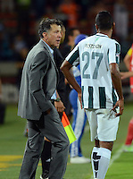 MEDELLIN -COLOMBIA-24-ENERO-2015. Juan Carlos Osorio director tecnico  del Atleico Nacional  durante el encuentro  contra el Independiente Santa Fe  durante partido de ida de La Superliga Postobon 2015 jugado en el estadio Atanasio Girardot de la ciudad de Medellin./ Juan Carlos Osorio coach of Atletico Nacional in actions against Independiente Santa Fe during leg of the Superliga Postobon 2015 played in the Atanasio Girardot stadium in Medellin City. Photo:VizzorImage / Luis R'os / STR